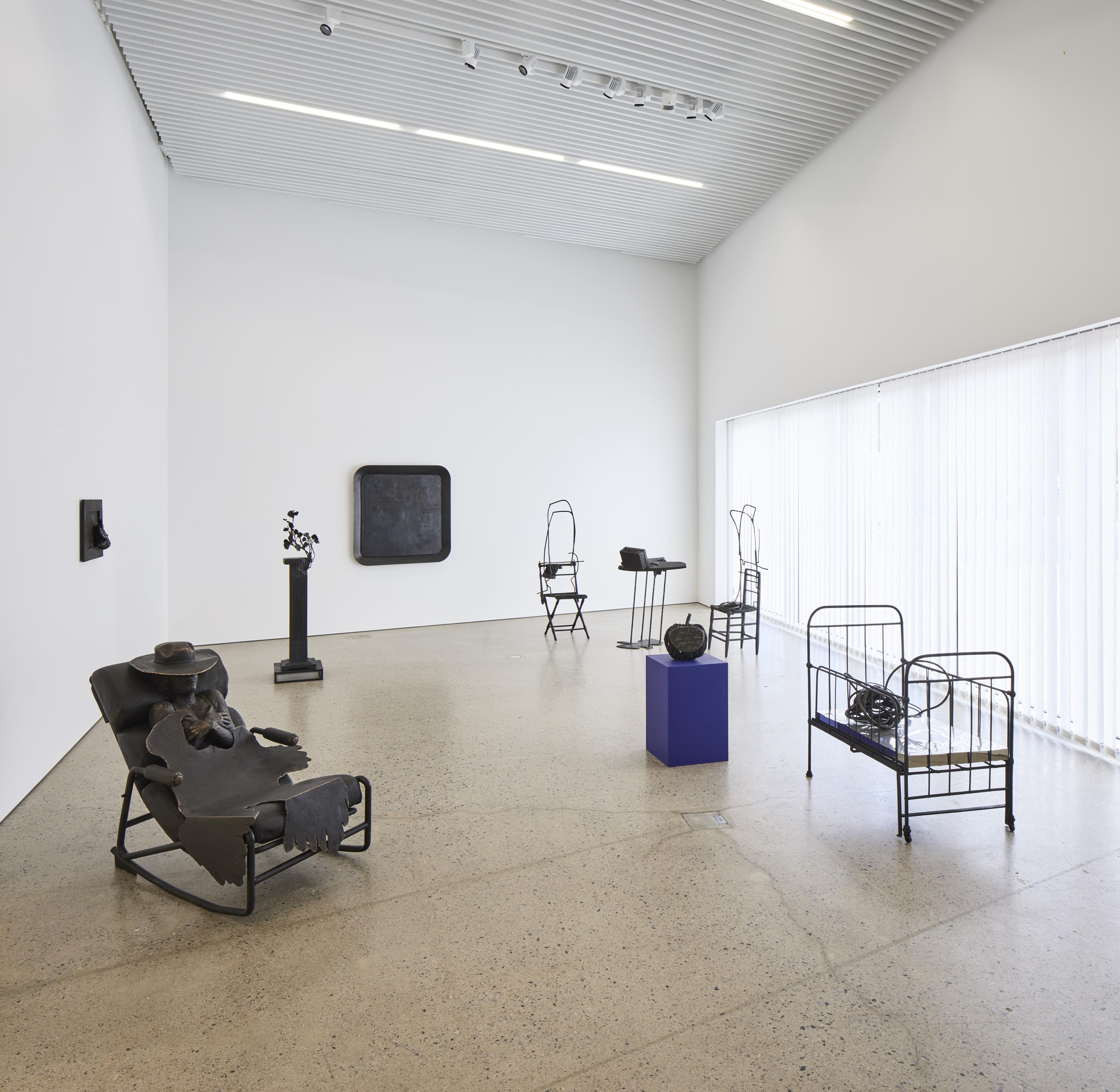 Kimmo Pyykön näyttely Elämänlanka esitteli taiteilijan pronssiveistoksia.