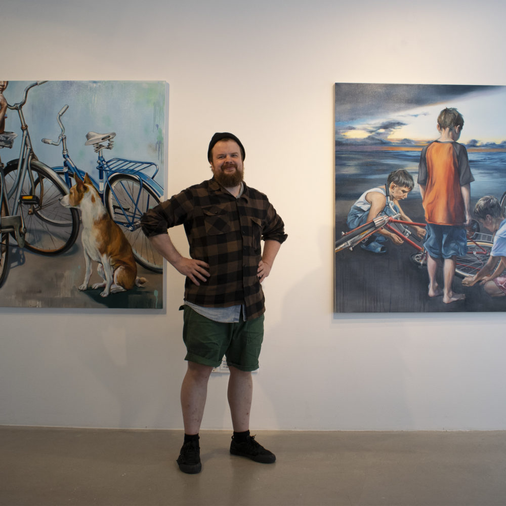 Tamperelaisen taidemaalari Erno Peltosen näyttely Aamusta iltaan Kangasala-talon Galleriassa 5.6.-1.9.2019